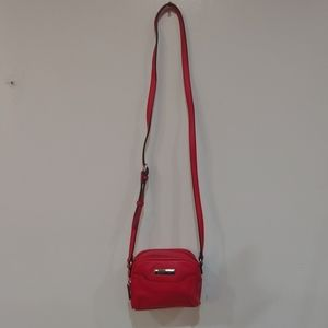 Red mini Kenneth Cole Bag